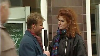 Der Tell me More Reporter quatscht Teens in Hamburg an retro