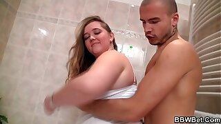 He bangs fat girlfriend in the bathroom