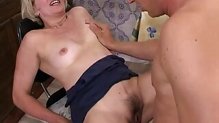 Mature Blonde Stepmom In Glasses Early Morning Fuc
