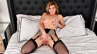 Alby Daor in Turned On - Anilos