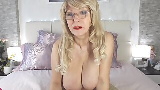 Samanta bates Show Webcam