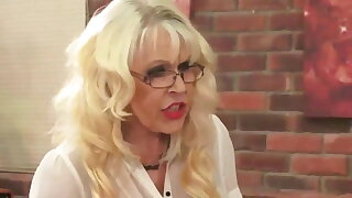 OLD&YOUNG-Granny Teacher Fucked by Student