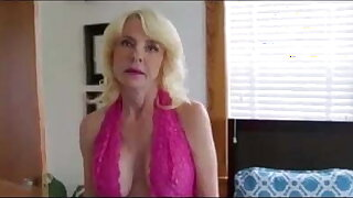 Big Titted Blonde Granny in Threesome