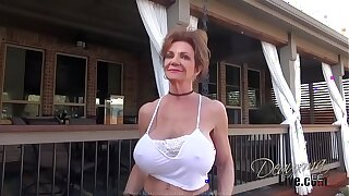 Pissing - The Movie: Deauxma