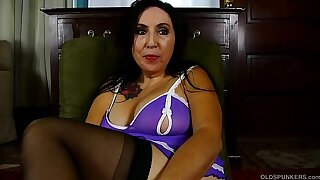 Dirty talking old spunker fucks her fat juicy pussy until she cums for you